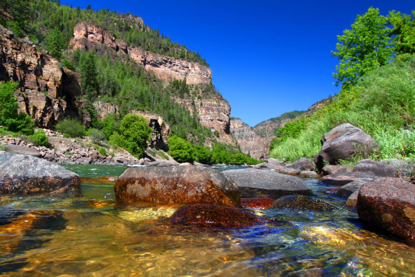 Colorado-River-Glenwood-Canyon-600x400