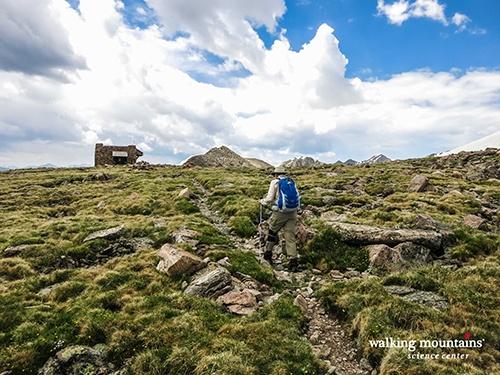 Hiking-Notch-Mountain-Approaching-the-Shelter-Web