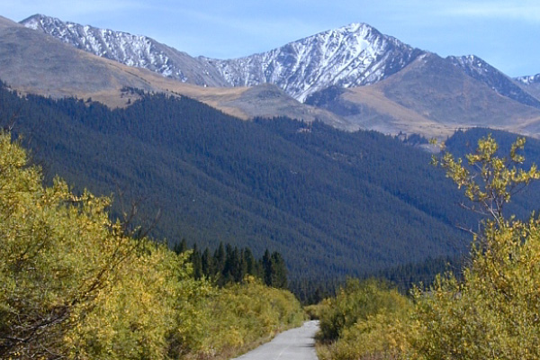 South-end-of-Tenmile-Canyon-600x400